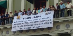 cierran_33_ayuntamientos_veracruz_alcaldes_de_mexico_noviembre_2016