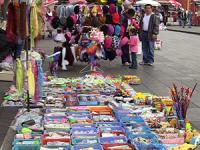 La correduría pública como herramienta para regularizar el comercio informal
