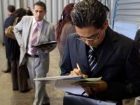 Disminuye desempleo y aumenta informalidad y autoempleo