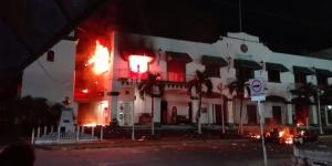 incendian_palacio_municipal_catemaco_alcaldes_de_mexico_noviembre_2016