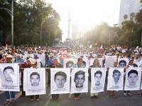 Irregularidades de autoridades en caso Ayotzinapa dañaron investigación: NYT