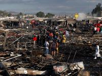 Peña Nieto promete reconstruir mercado de pirotecnia San Pablito en 2017