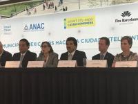 Alcaldes de México piden eliminar gasolinazo, no posponerlo