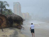 México enfrentará 14 huracanes esta temporada según pronósticos
