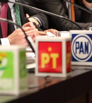 Los partidos políticos y la credibilidad ausente