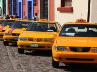 Detienen a exfuncionario de Oaxaca por presunto tráfico de 400 concesiones a taxistas