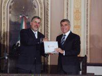 Presenta Tony Gali los progresos de un año de Gobierno en Puebla (VIDEO)