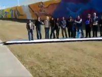 Balacera interrumpe evento público de alcalde de Nuevo Laredo (VIDEO)
