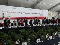 Gobernadores suscriben declaración por la democracia y la legalidad