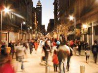 Peatones podrían alumbrar con sus pisadas la calle de Madero en la CDMX