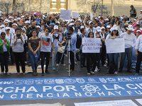 Universitarios marchan por más presupuesto para la ciencia