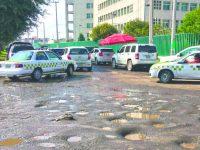 Baches vulneran el derecho a la movilidad: Comisión de Derechos Humanos del EDOMEX