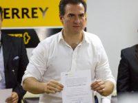 Recibe Adrián de la Garza constancia de mayoría como alcalde de Monterrey
